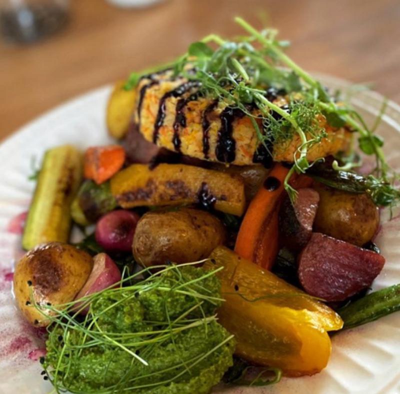 Liha, kala, vege ja taimetoit